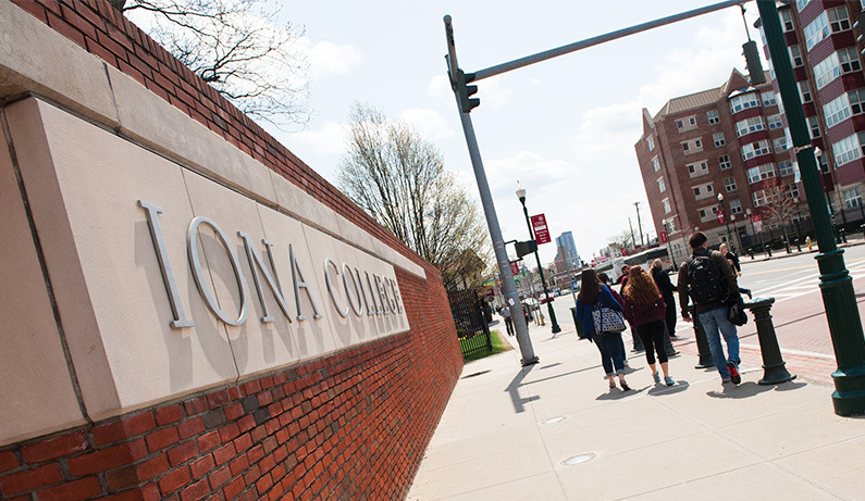 Iona College - Revolution Lighting Technologies